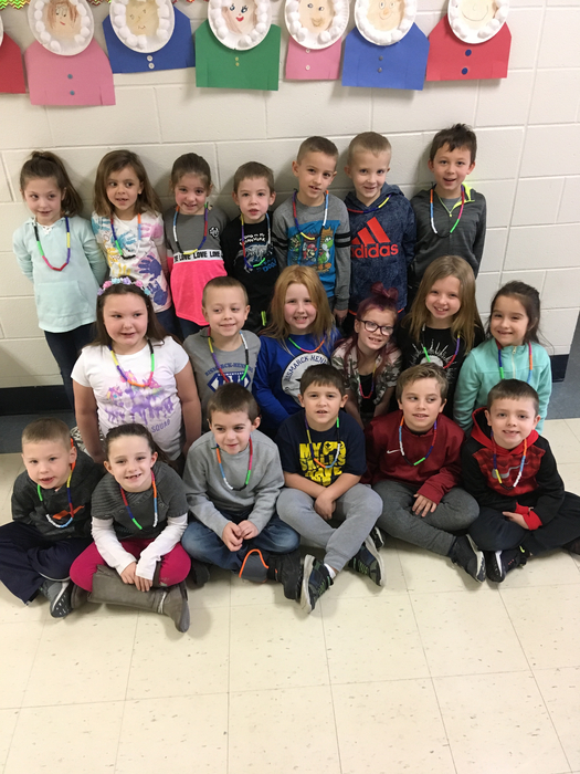 We made necklaces with 100 beads!