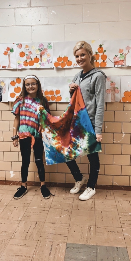 Hope came bearing the most beautiful tie dye gift for Mrs. Miethe this morning! Our students at BHES are so thoughtful!